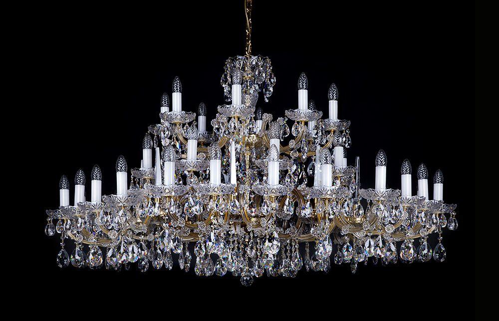 lustres lustre contemporain s rie 32 mtles meubles de l 39 italie. Black Bedroom Furniture Sets. Home Design Ideas