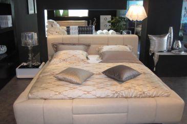 Кожена спалня LG910P